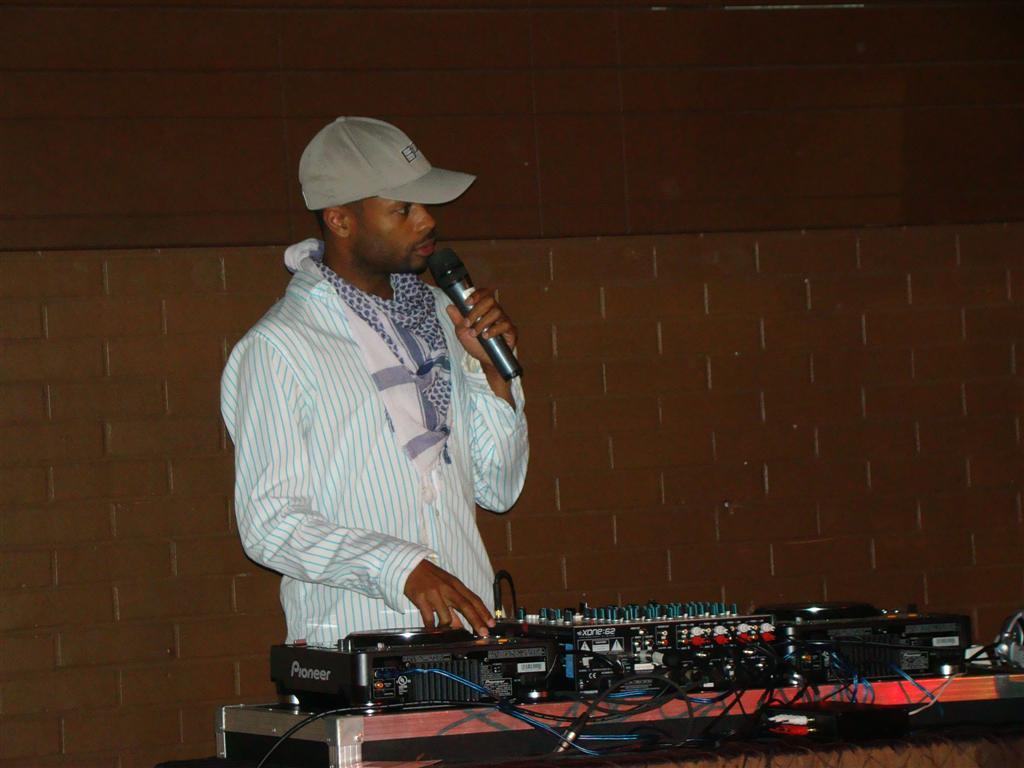 DJ Shawn Byfield. Put yo' hands up!