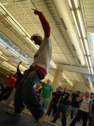 dancin 128 (Large)